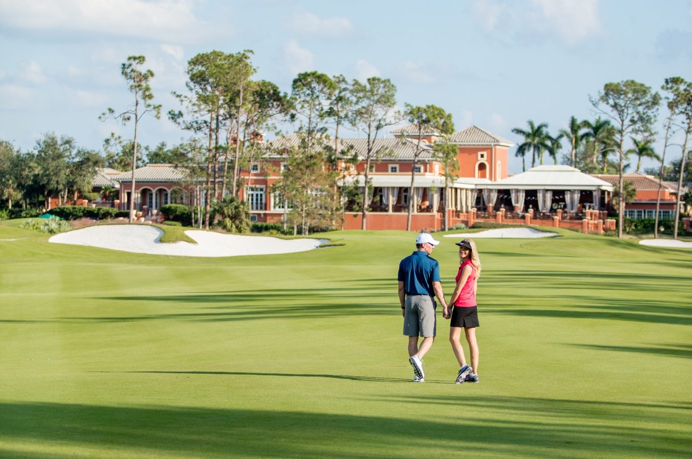 walking_golfcourse_clubhousebackground-7_preview