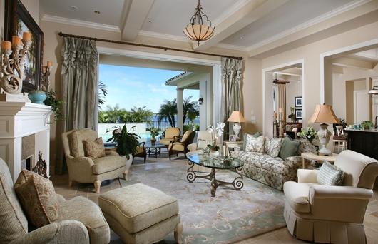 Luxury Custom Homes: The Claiborne