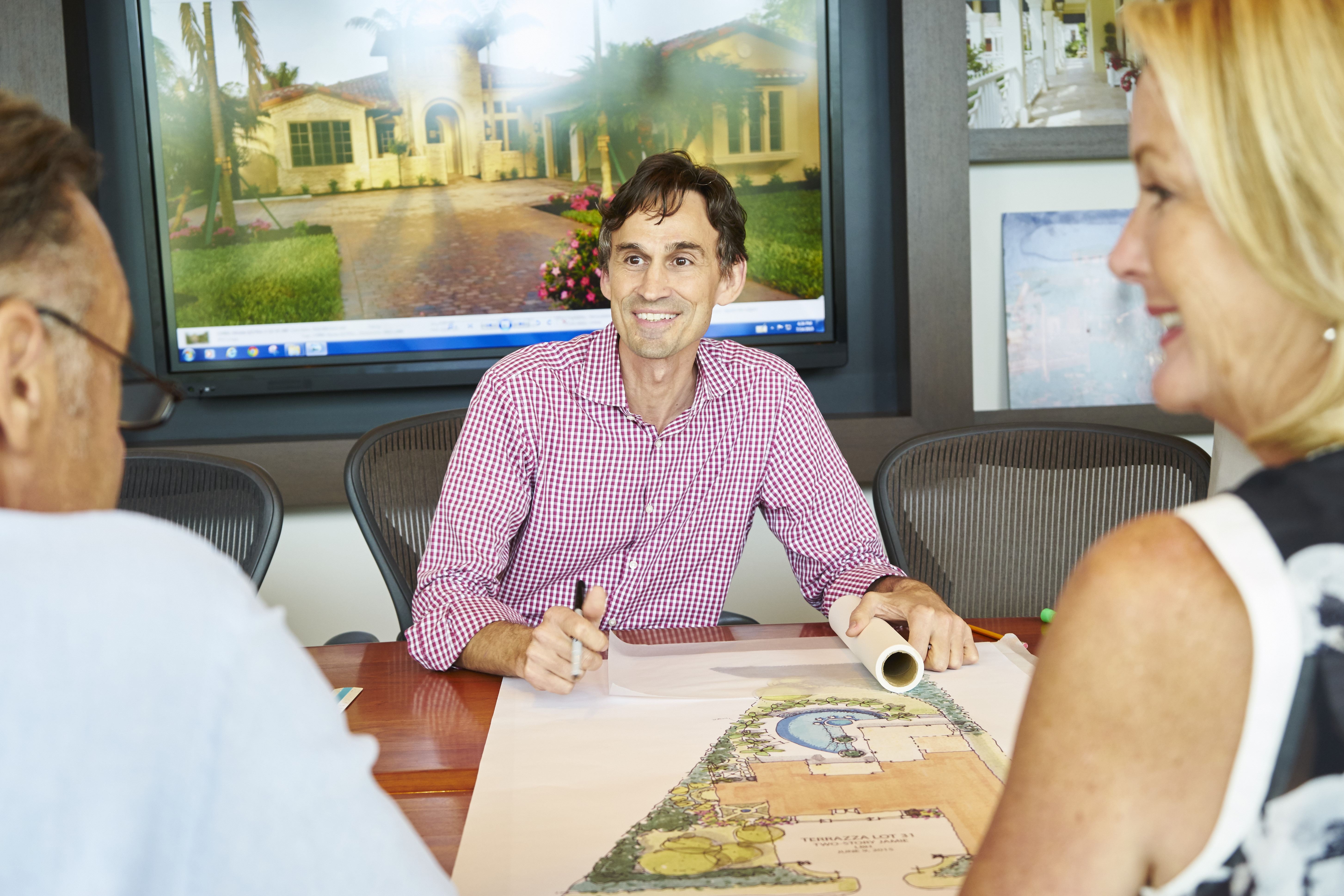 Naples Custom Home Builder London Bay Homes has an in-house team to help guide you.
